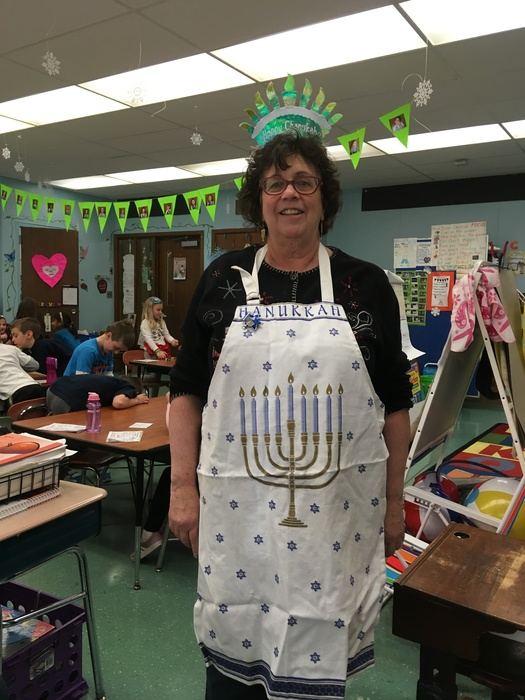 Miss Zucker teachers her class about Hanukkah