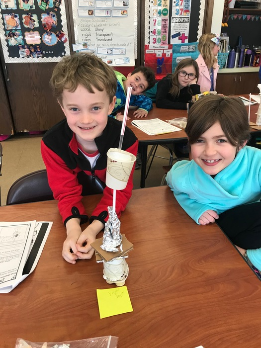 Second graders build towers